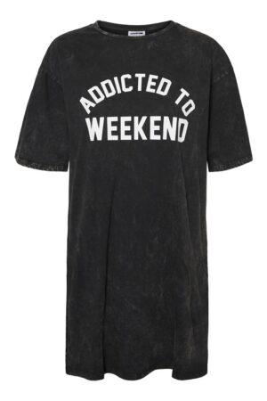 Musta pitkä t-paita tekstiprintillä - NMWEEKEND