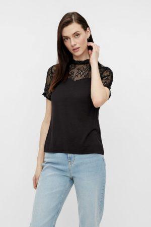 Musta t-paita pitsiyläosalla - PCPINA LACE TOP